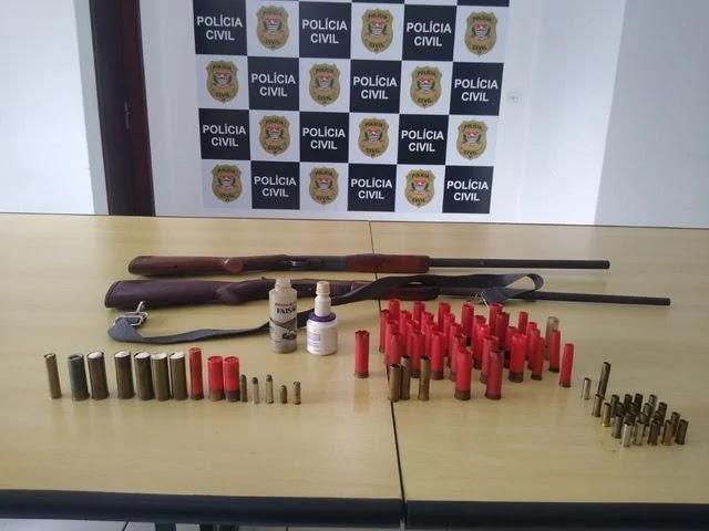 Polícia Civil prende homem que ameaçava a esposa com arma de fogo em Registro-SP