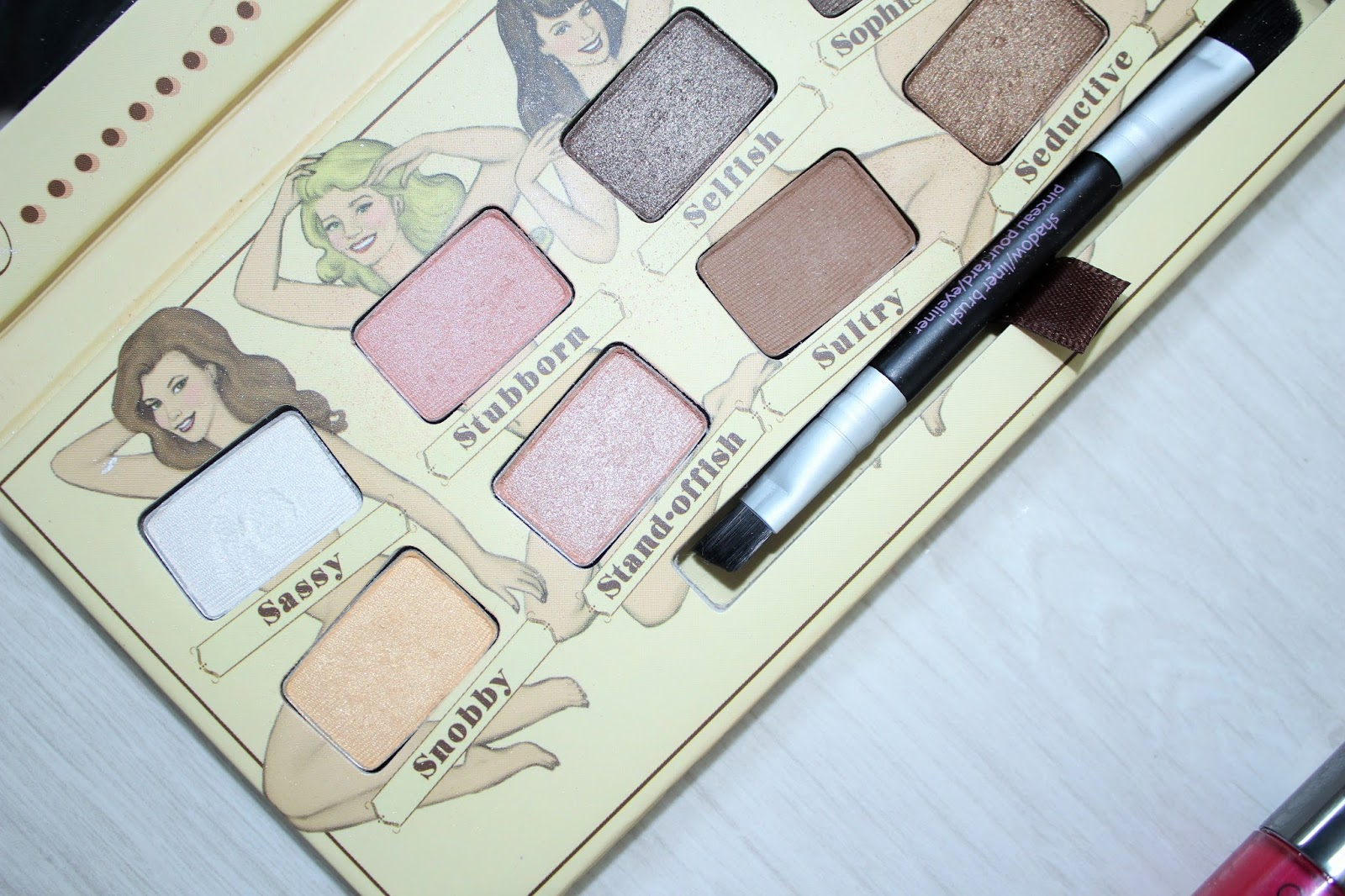 Sunsets and Raspberry Kisses 4 - theBalm NUDE'tude eyeshadow palette