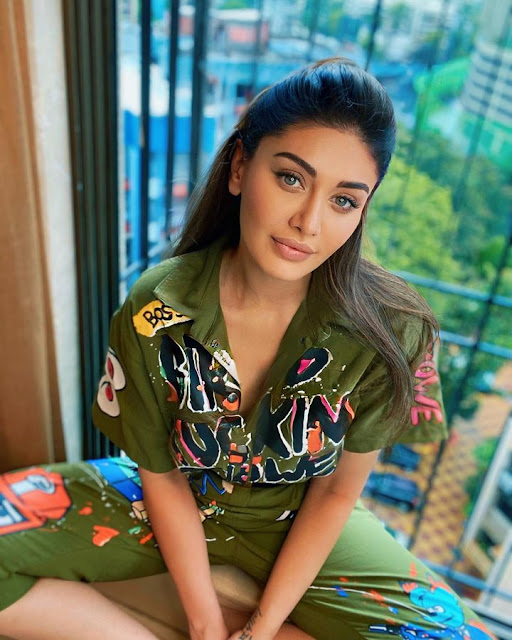 Shefali Jariwala Latest HD Photo Stills Actress Trend