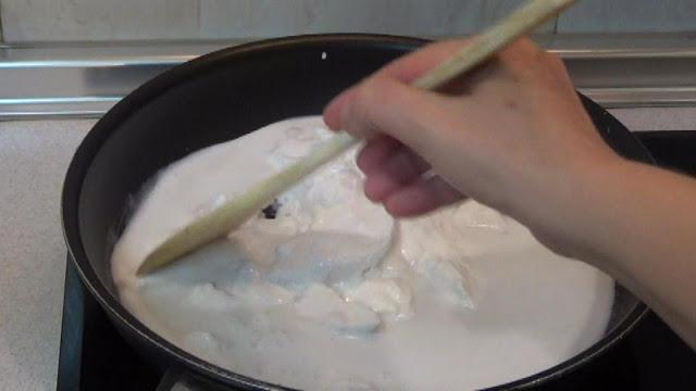 calentamos la manteca de coco para que pierda el liquido