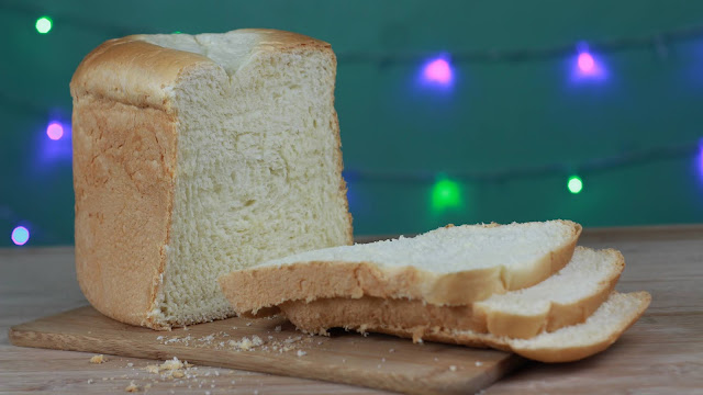 Eggless Bread
