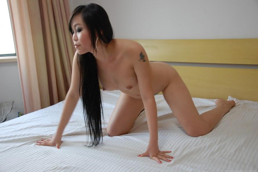 Chinese Nude_Art_Photos_-_031_-_FangZi re