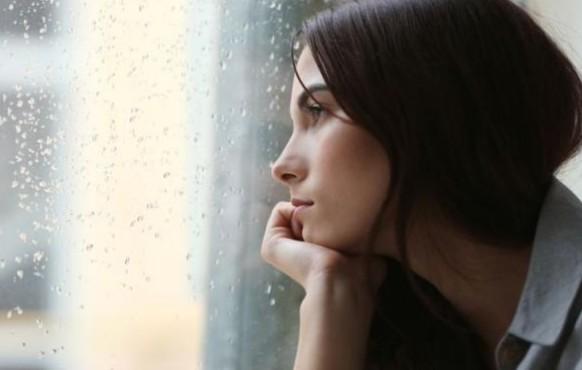 Μοναξιά και πώς θα την αντιμετωπίσεις - Δες ποιο είναι το καλύτερο αντίδοτο