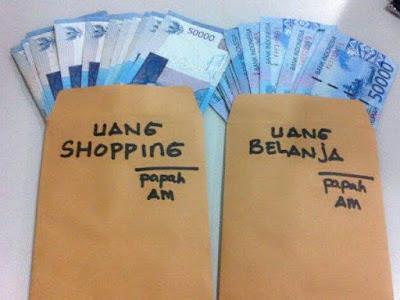 Suami harus tau nih Bedanya Uang Belanja Istri dan Nafkah! Jangan salah ya