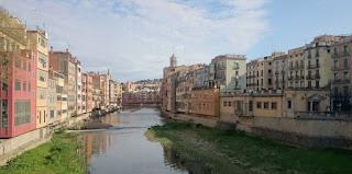 Girona desde el Pont de Pedra.