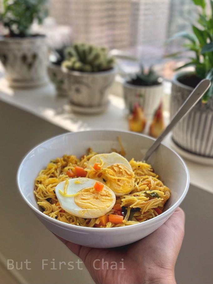 Semiya Upma served with boiled egg