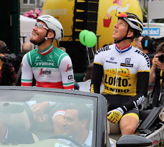 Giacomo Nizzolo and Sep Vanmarcke presented to the crowd
