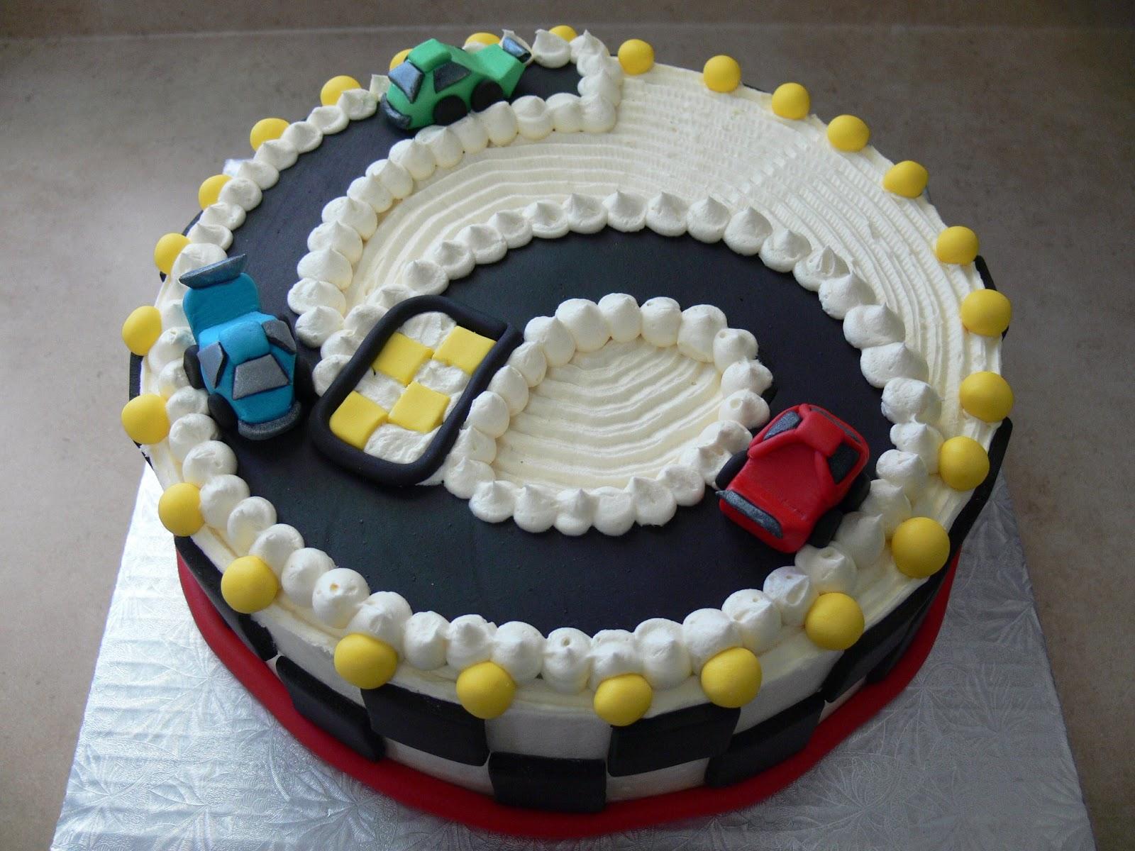Fondant Cake Design Rosemount : The Ultimate Chocolate Blog: Chocolate Cake that Looks ...