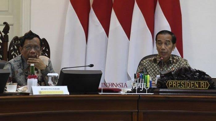 Jokowi Gagap Hadapi Covid-19 karena Pembisik yang Tidak Tepat