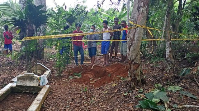 Mayat Bocah Tak Berkafan di Gunungkendeng Ternyata Dibunuh Orang Tuanya
