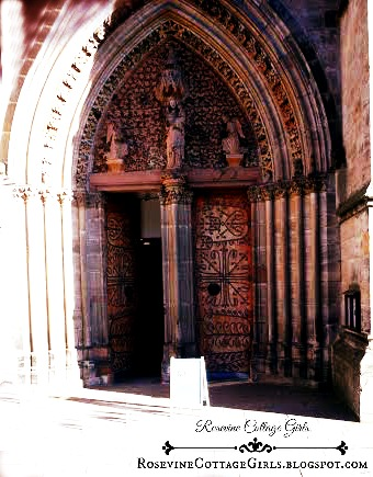 picture of the doors of Saint Elizabeth's Church Marburg Germany