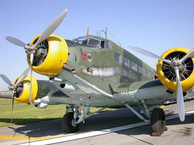 Luftwaffe Ju 52 transport worldwartwo.filminspector.com