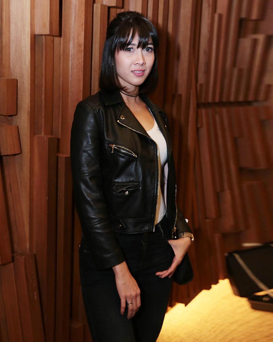 artis FTV Andrea Dian aket kulit cowok