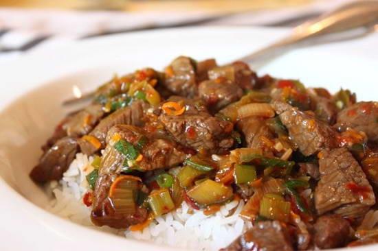 Cách làm Thịt bò nấu vỏ cam giảm cân