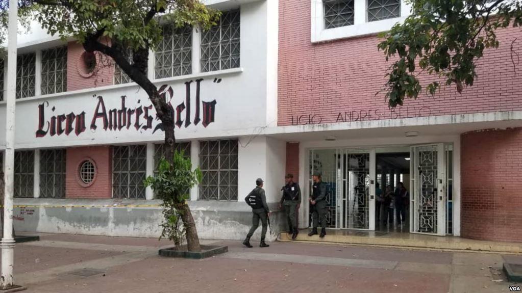 Ausentismo y abstención marcaron la irregular jornada electoral en Venezuela / VOA