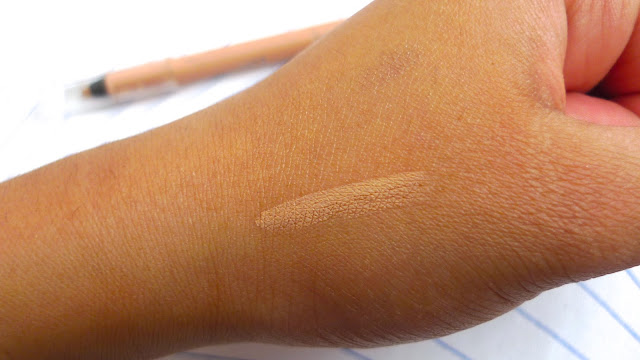 6 Ways to Wear Nude Eyeliner Rimmel ScandalEyes Waterproof Kohl Eyeliner in Nude Review swatch swatches