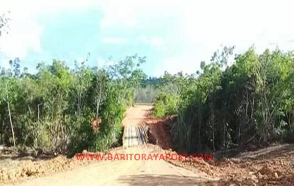 Pembangunan Jalan Antar Desa, Masyarakat Sumber Barito Sangat Terbantu