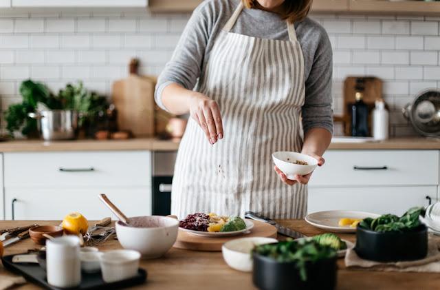yemek yapmayı öğrenmek