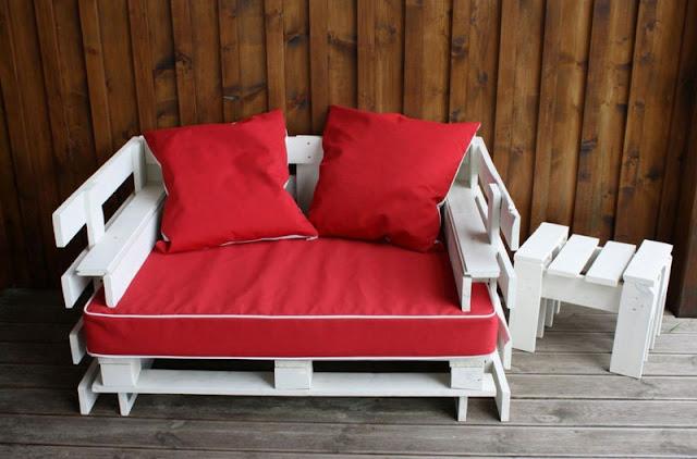 bonito combo de sof hecho con palets y una pequea mesita en las siguientes fotos podis ver como se debe hacer el despiece de los palets