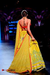 Bollywood Actress Malaika Arora Khan Walks on Ramp at LFW Summer 2017  0026.jpg