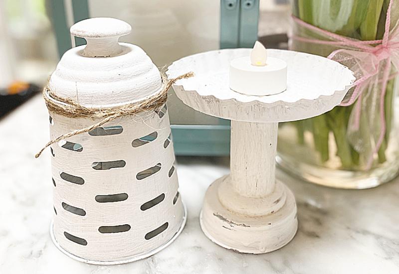 white lantern top and base