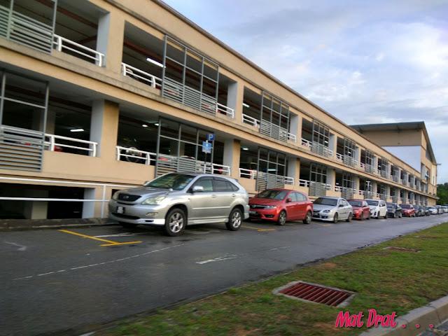 Parking Murah ke KLIA / KLIA2 di Park n Ride Putrajaya Sentral