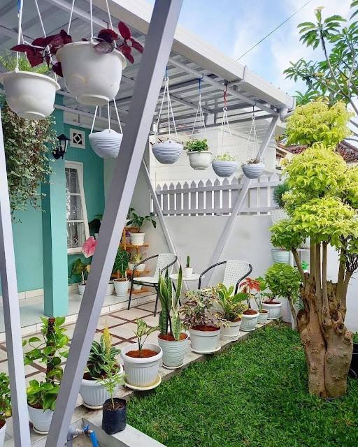 Model Taman Minimalis Depan Rumah Terbaru