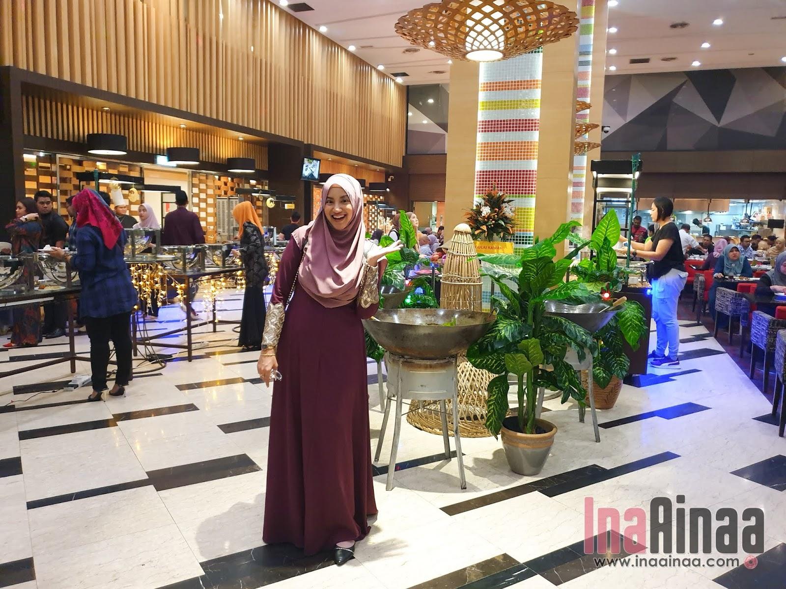 THE EVERLY HOTEL PUTRAJAYA - Hak Milik Ina Ainaa