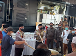 Humas Polda Metro Jaya Salurkan Hewan Kurban 353 Sapi dan 564 Kambing ke Masjid serta Masyarakat