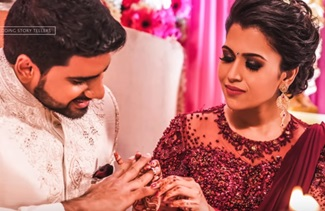 Lifetime Bliss!!! Engagement Pictures Of Meenu And Mahesh