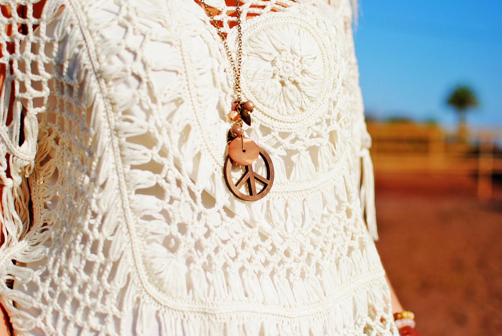 #CyATenerife, ganchillo, nery hdez, look sport, crochet , 80spurple, collar simbolo de la paz