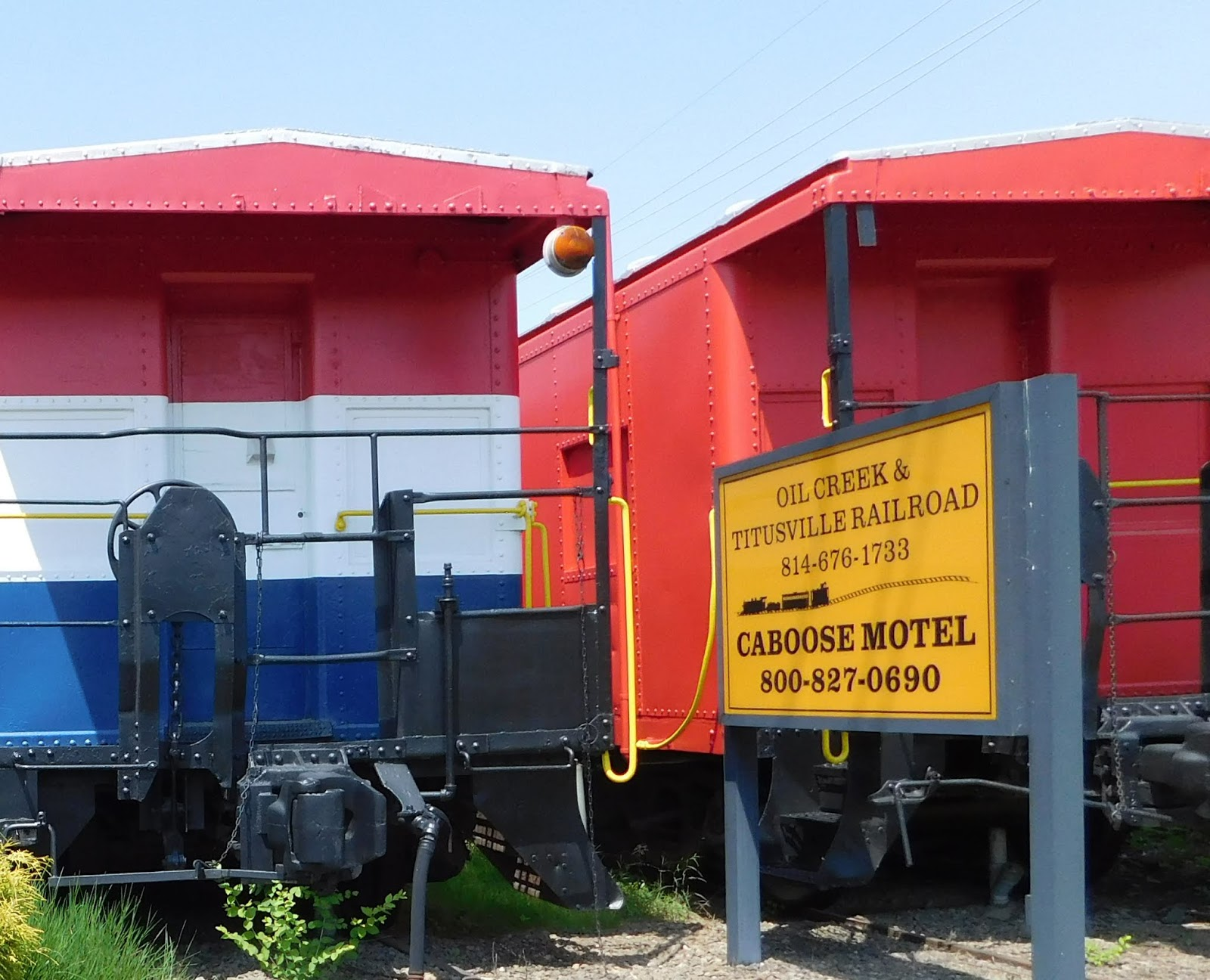 caboose motel in titusville pa with 21 actual cabooses fitted with plumbing furnishings and electricity