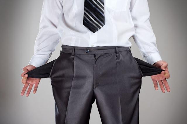 7 Kebiasaan Tidak Membuat Anda Kaya yang Harus Dihindari