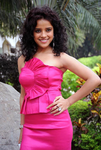 Piaa Bajpai  ISHA CHAWLA PHOTO GALLERY   : IMAGES, GIF, ANIMATED GIF, WALLPAPER, STICKER FOR WHATSAPP & FACEBOOK #EDUCRATSWEB