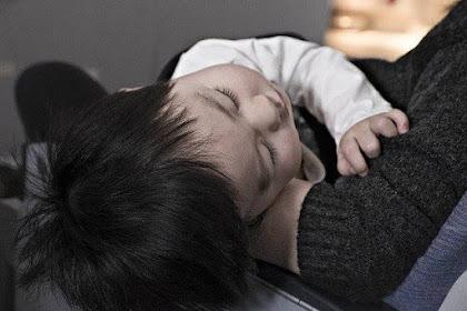Anak Sakit, Jangan Baca Blog Parenting, Pergi Ke Dokter
