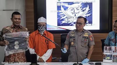 Polisi Tangkap Penyebar Hoaks dengan Akun officialwhitebaret