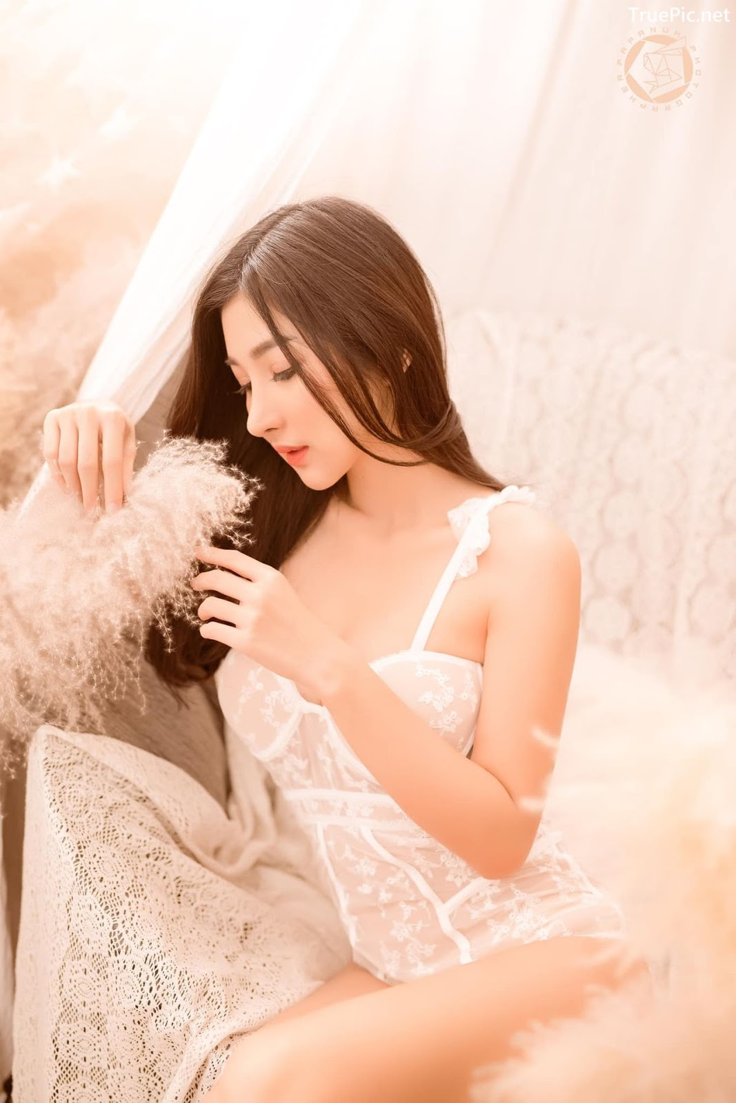 Image-Thailand-Sexy-Model-Pattamaporn-Keawkum-White-Transparent-Lingerie-TruePic.net- Picture-2