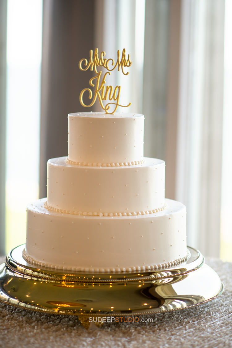 Pretty Wedding Cake - Ann Arbor Wedding Photographer - Sudeep Studio.com