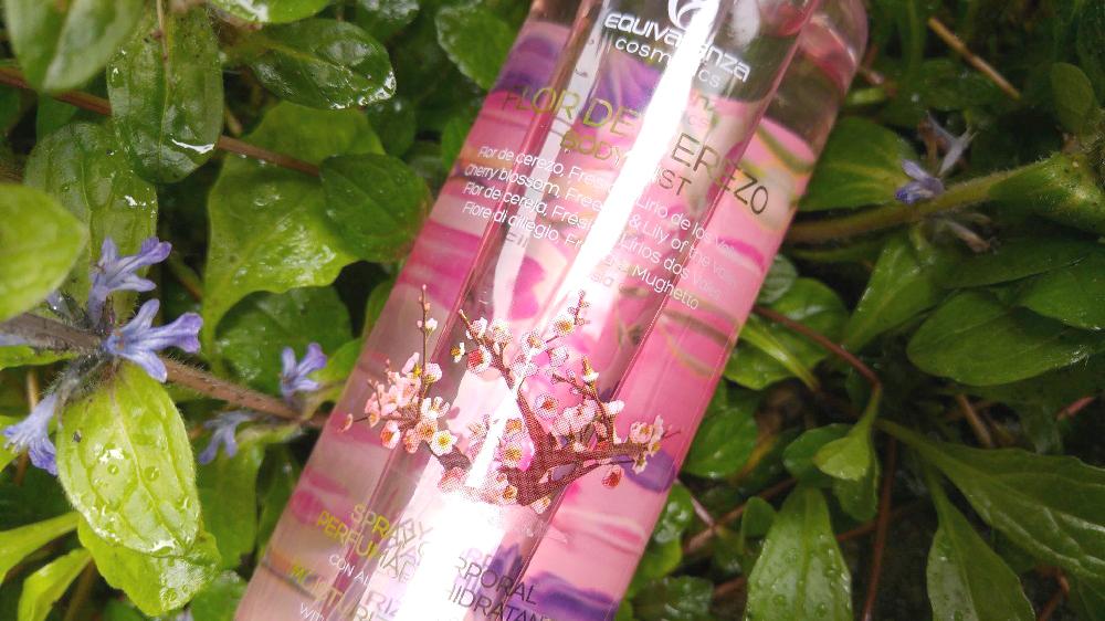 Equivalenza Body Mist, Brume corporelle Equivalenza, Equivalenza White Musk & Flor de cerezo, Cherry blossom, Fleur de cerisier, brume corporelle, tissam est la