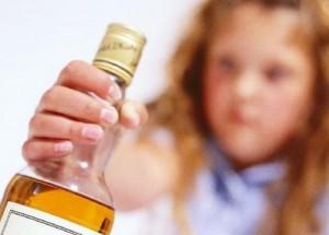 Comerciante é preso após vender bebida alcoólica a dois menores em Serra Talhada