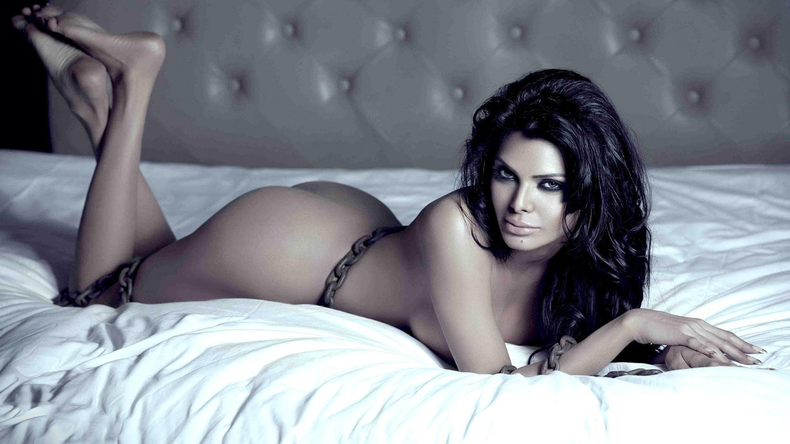 Sherlyn Chopra Nude Sex Photo