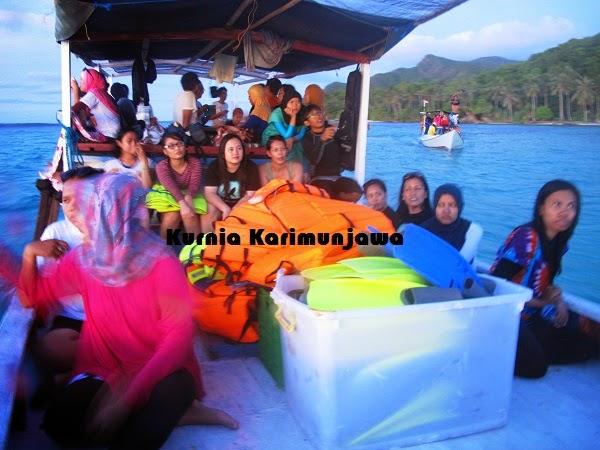 perjalanan saat tour laut