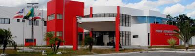 Professores e alunos do Colégio Estadual Luiz Navarro de Brito participam de sessão da Câmara Municipal de Alagoinhas