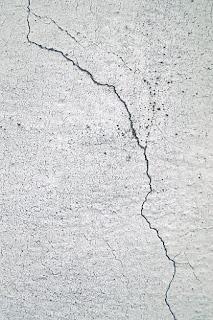 structural damage- Light-emitting rubber - Detect structures Damage -