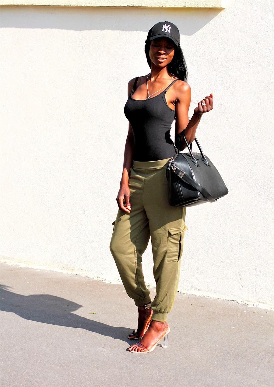 inspiration-look-casual-kaki-militaire-pantalon-large-missguided-sac-givenchy-antigona