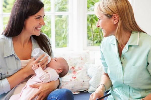 Sebelum Titipkan Anak ke Baby Sitter, Hal-Hal Penting ini Perlu Diperhatikan