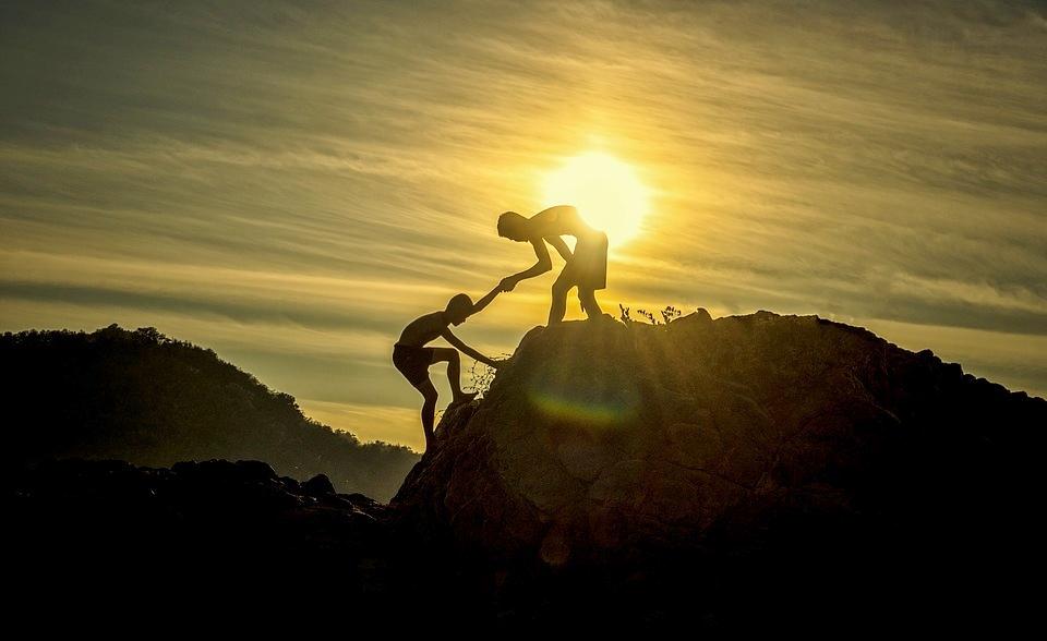 Budi nečije sunce, svjetlost u tami, light in darkness, suosjećanje, pomoć, duhovnost, empatija, potpora, spiritologija,