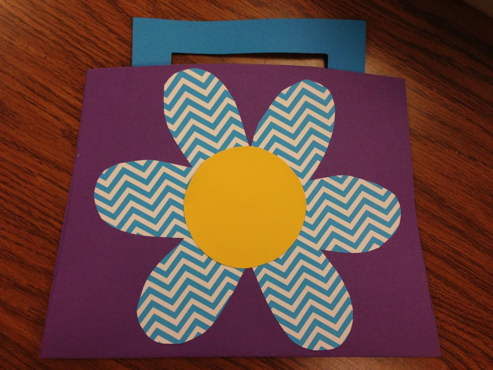 Kindergarten Smiles Mother S Day Crafts