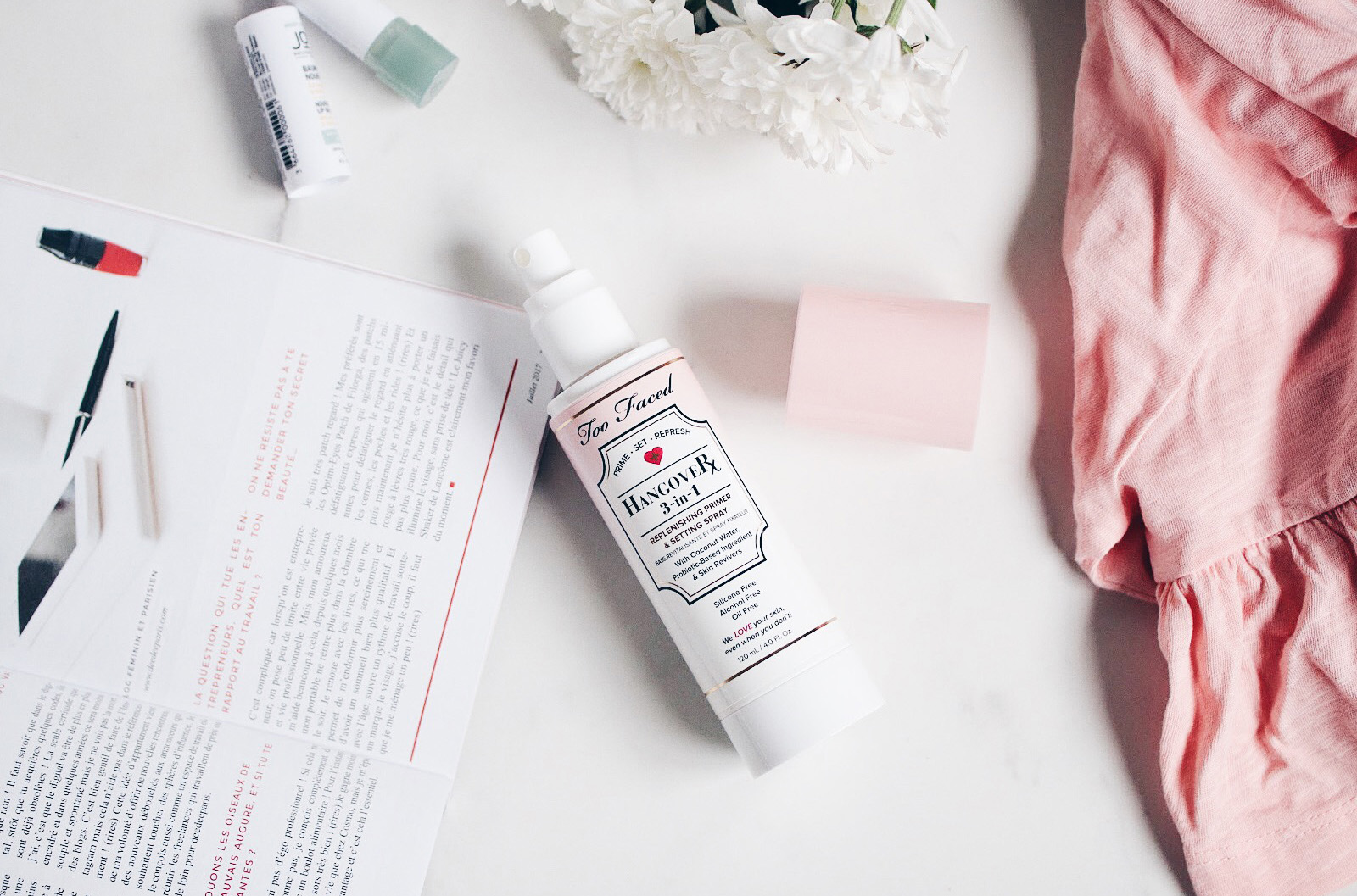 too faced hangover base revitalisante spray fixateur de maquillage avis test