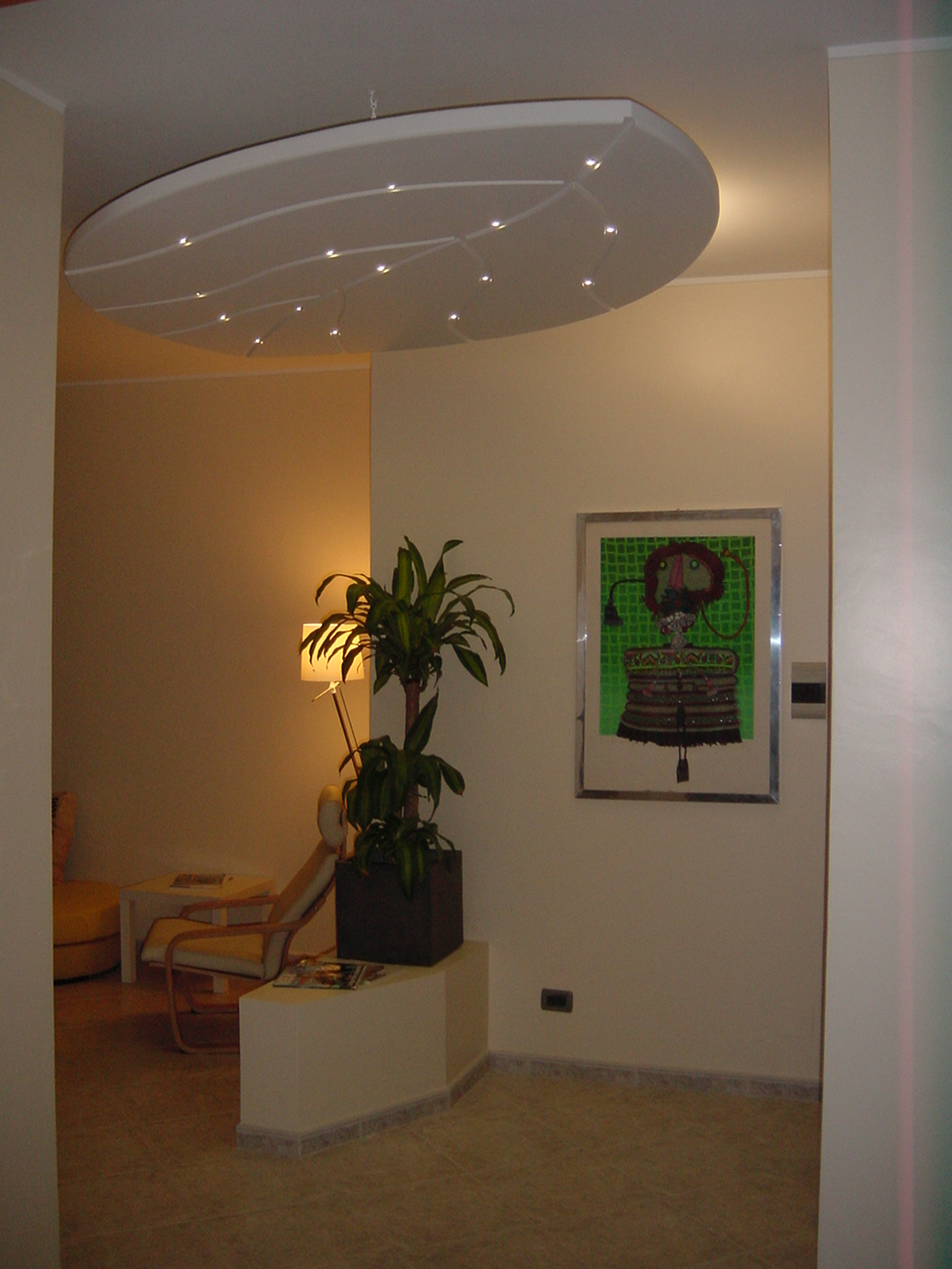 Illuminazione led casa utilizzo del controsoffitto con l for Luci led per casa